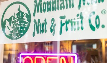 Mountain Man Nut & Fruit Company