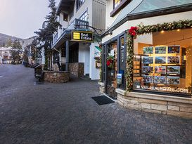 Vail - 281 Bridge Street Real Estate Agents