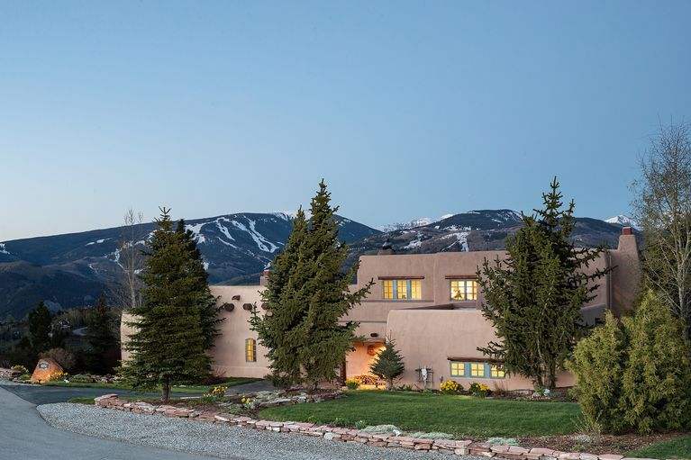 4151 Little Point Avon, CO 81620