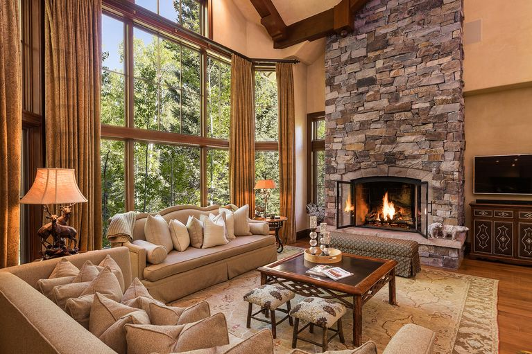 119 Village Walk Beaver Creek, CO 81620