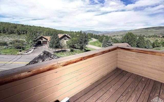 2390 Saddle Ridge Loop # B - photo 17