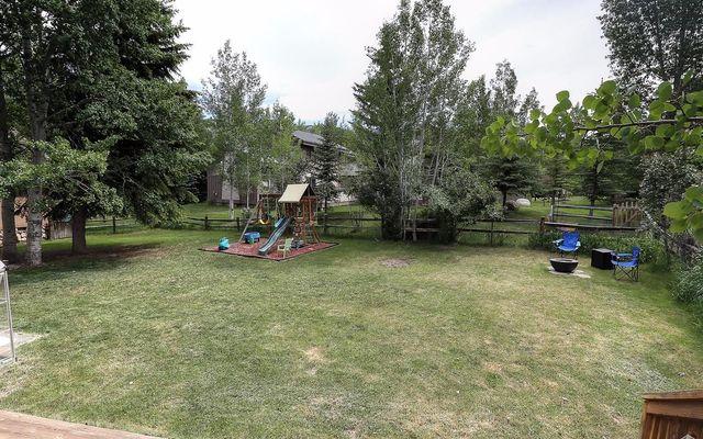 2390 Saddle Ridge Loop # B - photo 20