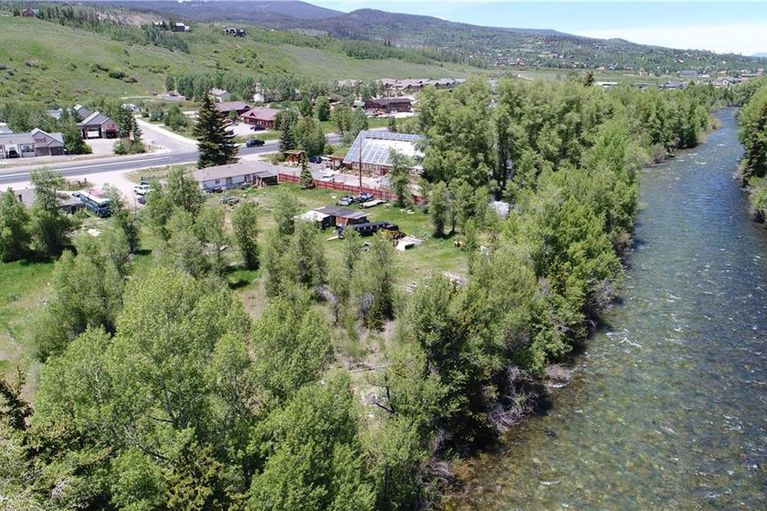 914, 942 & Blue River Parkway # 2 houses SILVERTHORNE, Colorado 80498
