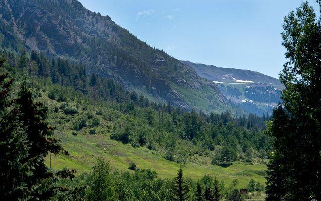 Mountain Meadows Condo E-18 - photo 5