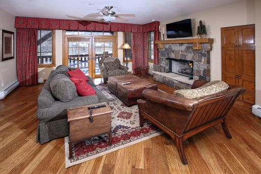 1087 Bachelor Ridge # 303 Beaver Creek, CO 81620 - Image 6