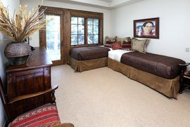 135 Village Walk Beaver Creek, CO 81620 - Image 17
