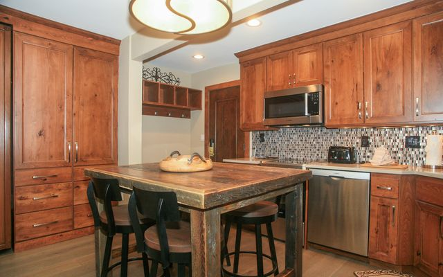595 Vail Valley Drive # 167d - photo 5