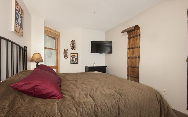 Silver Mill Condominiums # 8281 - photo 9