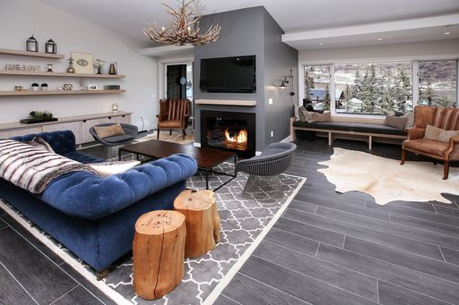 292 E Meadow Drive # 679 Vail, CO 81657 - Image 4