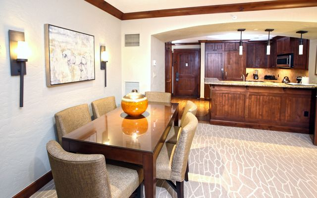 Ritz Residential Suites # hs325 - photo 4