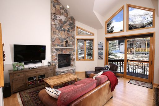 1890 Lions Ridge Loop # 11 Vail, CO 81657 - Image 5