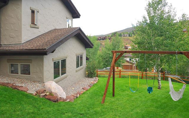 2460 Saddle Ridge Loop # B - photo 19