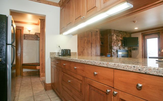 595 Vail Valley Drive # 172e - photo 2