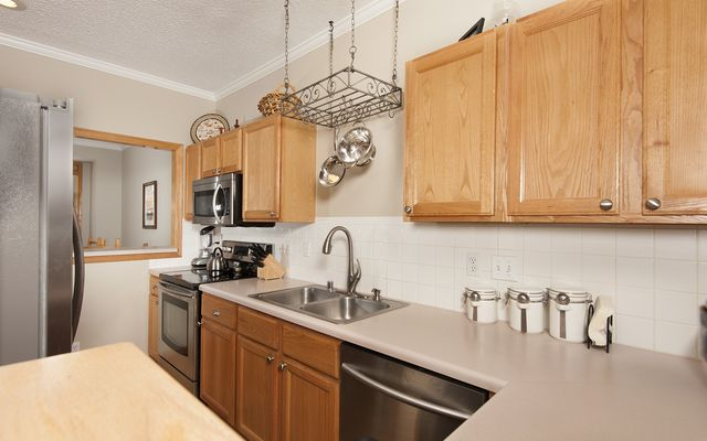 101 Saddle Ridge Drive # 101 - photo 3