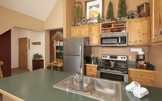 Jackpine And Blackbear Lodge Condos # 8071 - photo 3