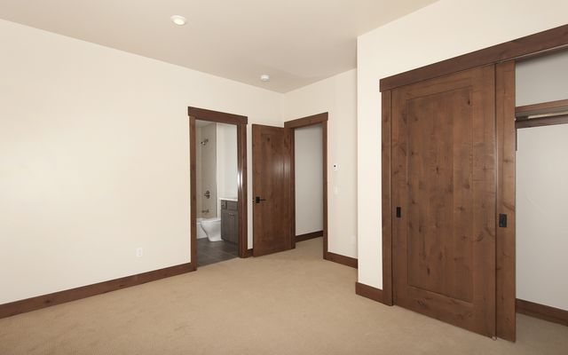 47 E Benjamin Point - photo 17