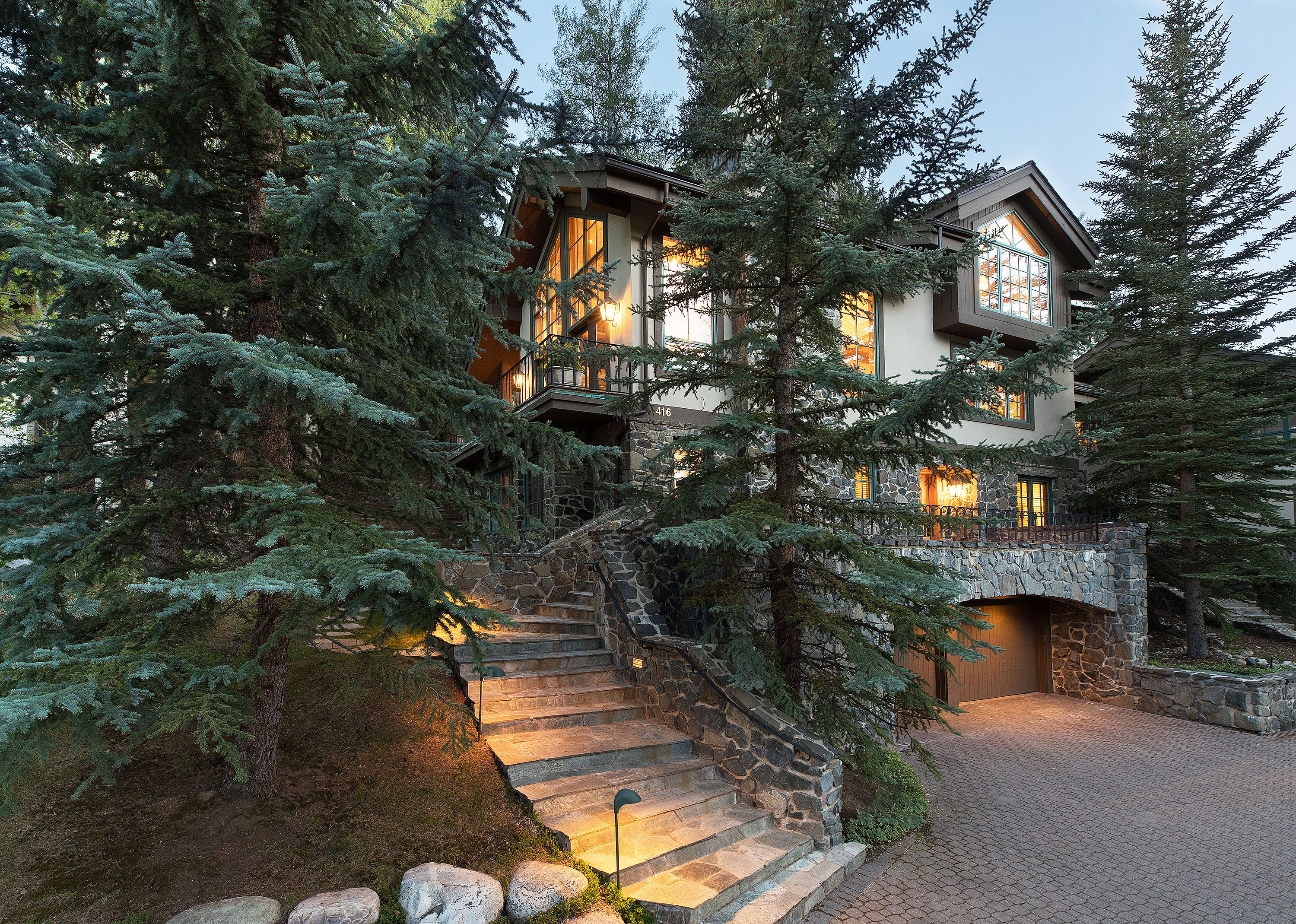 416 Forest Road A Vail, CO 81657