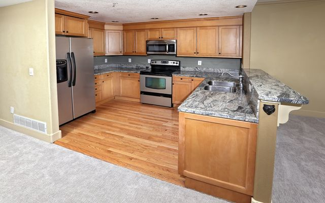 Eagle River Enclave Condo # 656 - photo 3