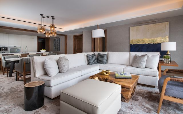 Four Seasons Private Residences # 6103 - photo 3