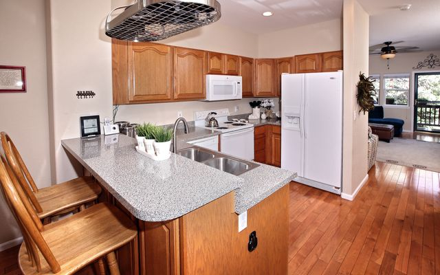 Red Canyon Townhomes  - photo 3