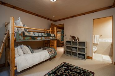 122 Beaver Creek Drive Beaver Creek, CO - Image 12