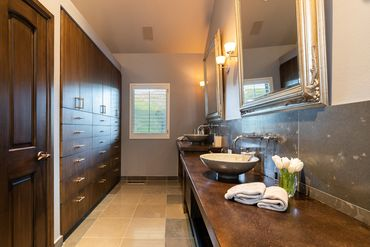1675 Aspen Ridge Road Vail, CO 81657 - Image 10