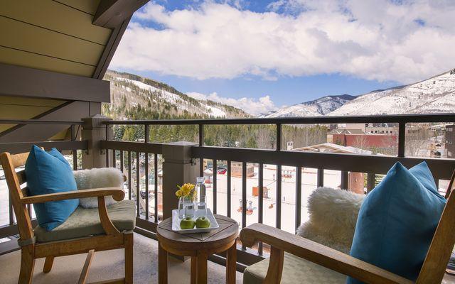 Four Seasons Private Residences # 8104 - photo 3