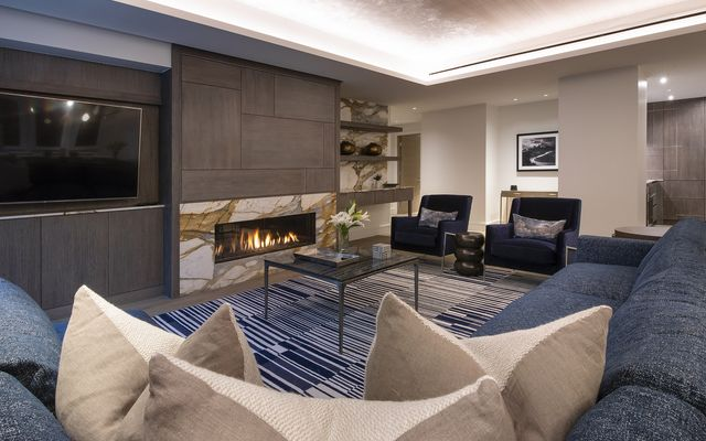 Four Seasons Private Residences # 3102 - photo 1