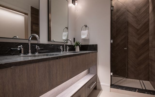Four Seasons Private Residences # 3102 - photo 18