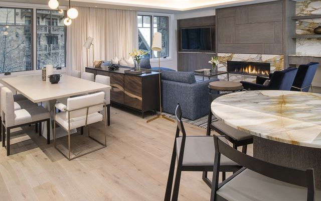 Four Seasons Private Residences # 3102 - photo 5