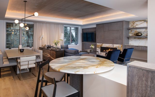 Four Seasons Private Residences # 3102 - photo 6