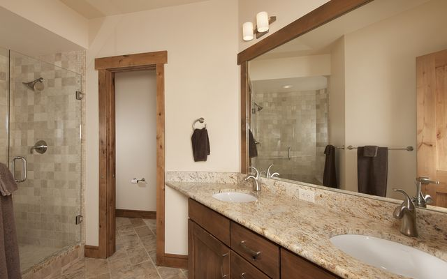 322 Lake Edge Drive - photo 19