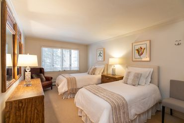 433 Gore Creek Drive # 11A Vail, CO - Image 4