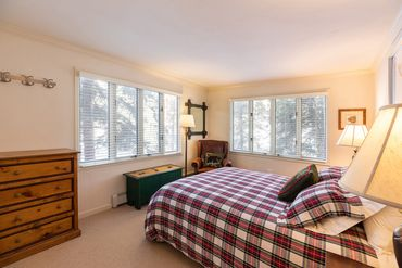 433 Gore Creek Drive # 11A Vail, CO - Image 5