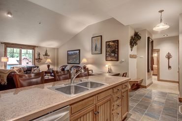 35 Mountain Thunder DRIVE # 5405 BRECKENRIDGE, Colorado - Image 10