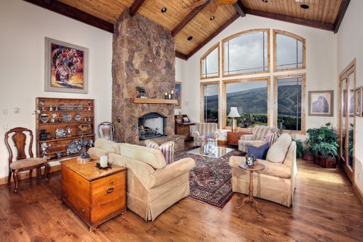 120 Mustang Road Edwards, CO 81632 - Image 1