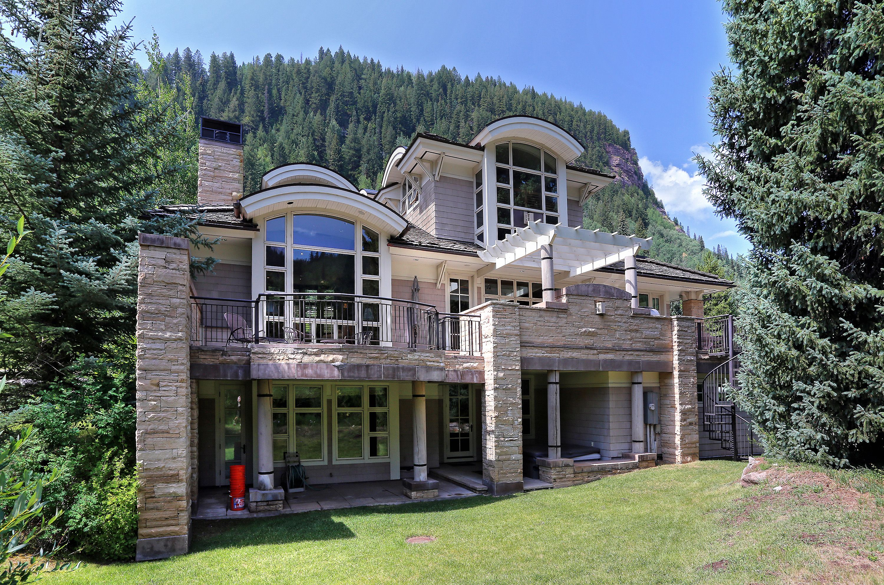 3848 Bridge Road Vail, CO 81657