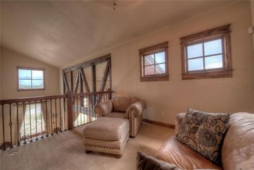 80 Mule Deer COURT - Image 13
