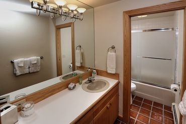 950 Red Sandstone Road # 9 Vail, CO - Image 16