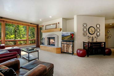 Photo of 32 Highlands Lane # 103 Beaver Creek, CO 81620 - Image 3