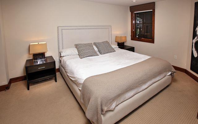 Ritz-Carlton Residences # R-4 - photo 11