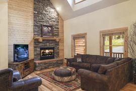 645 Whispering Pines CIRCLE BLUE RIVER, Colorado 80424 - Image