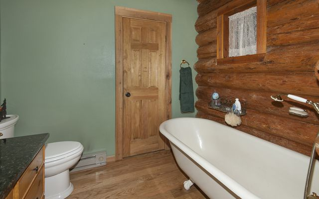 194 County Road 452 - photo 8