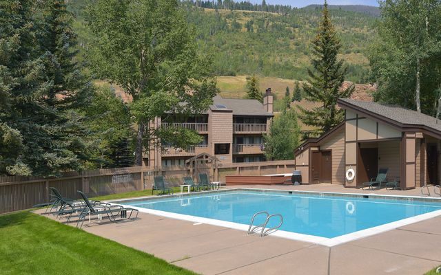 Vail East Townhouse Condos # 10 - photo 14