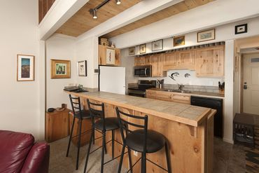 465 Four Oclock ROAD # W12 BRECKENRIDGE, Colorado - Image 4