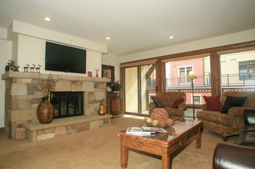 684 W Lionshead Circle # 321 Vail, CO 81657 - Image 4