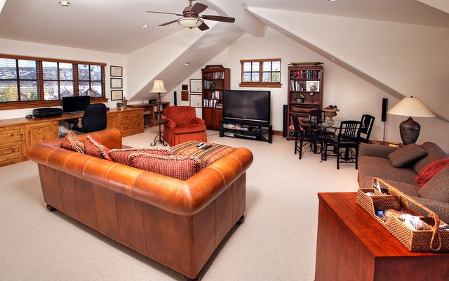 472 Harrier Circle - photo 14