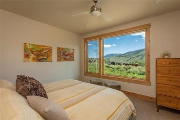 208 MARYLAND CREEK TRAIL SILVERTHORNE, Colorado - Image 13