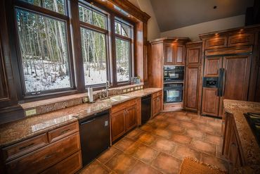525 Two Cabins DRIVE SILVERTHORNE, Colorado - Image 11