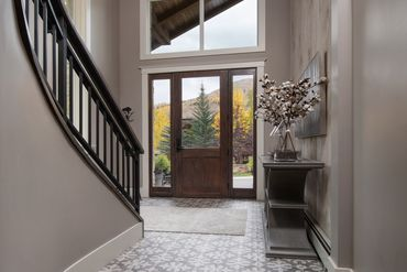 716 Forest Road # B Vail, CO 81657 - Image 9